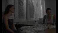 «Mais qu'est-ce qu'elle fait?… Elle se raconte des histoires…»  Réalisation Rosalie Kauffmann / 5 minutes 46 / 2011 –Fiction