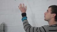 Les portraits de «Florian» et «Yvan» tentent de mettre en valeur la manière dont des personnes peuvent entretenir des rapports particuliers avec des objets ou des situations. La pulsion créatrice que ces personnes expriment semble bousculer notre rapport aux choses: les objets, les formes et les matières qui nous entourent ne sont ni des accessoires [...]