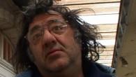 Premier long métrage en DV 16/9 de Gérald sur son père Paulo Anarkao. L'ayant très peu connu, il décide de le filmer en caméra subjective dans son quotidien durant une petite dizaine de jours… Paulo Anarko a pas mal bourlingué, il est passé de balochard à vedette de théâtre de rue pour diverses compagnies comme [...]