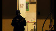 Un docu-fiction réalisé avec des jeunes «mineurs isolés étrangers», à Angoulême. En attendant, peut-être, la reconnaissance de leurs minorités par un juge pour enfant… Ici, la fiction croise le documentaire, grâce à une histoire inventée et jouée par les jeunes. En parallèle, on les accompagne dans des moments de leur quotidien, souvent au sein de lieux d'hébergement [...]